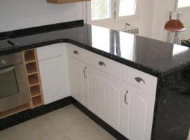 Amenajari Interioare - Blat bucătărie granit negru galaxy